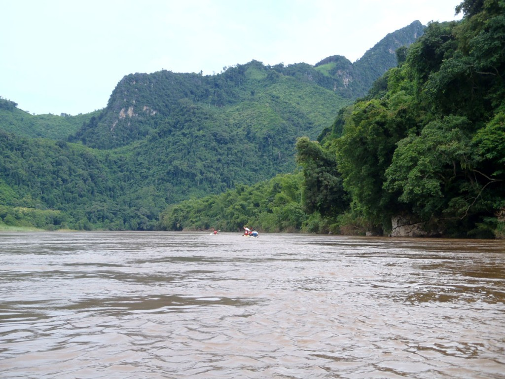 Kayaking Adventure Nong Khiaw to Luang Prabang
